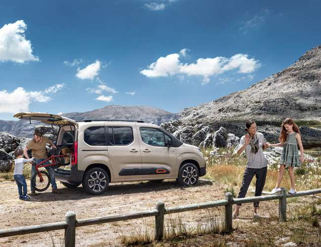 650x500-New-Berlingo-ludospace-famille.jpg
